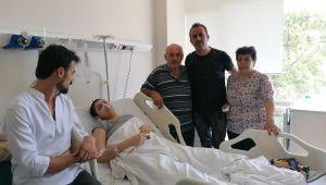 Levent'ten, kanser hastası anne Dilara'ya ziyaret