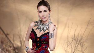 Şarkıcı Tuğba Özerk'e polise hakaretten 2 yıl dava açıldı