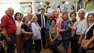 Karşıyaka'nın çınarları sanat kurslarında buluşuyor