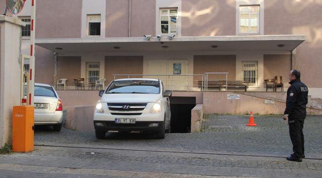 Bekmezci İzmir'de tutuklandı