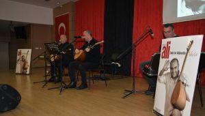 Kıvırcık Ali Çiğli'de Türkülerle Anıldı