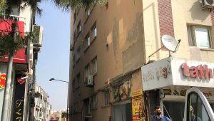 5'inci kat penceresinden atlayan yaşlı adam öldü