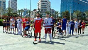 İzmir BŞB'li sporculardan 19 Mayıs'a özel etkinlik