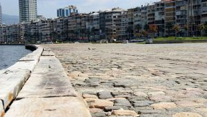 6 saatlik kısıtlamada İzmir'de sokaklar sessizliğe büründü