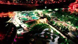 İzmir Normalleşme sürecinde açılan İzmir'deki havuzlar doldu