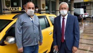 Unuttuğu 60 bin lirasını teslim eden taksiciye 31 lira bahşiş verdi