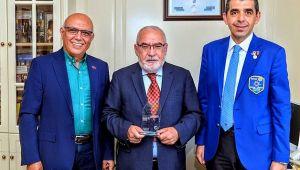 Ramazan Soncul'a meslek hizmet ödülü