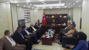 CHP İzmir Milletvekili Kani Beko Hakkari'de