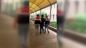 İzmir'de FETÖ üyesi şüphelisi 4 kişi gözaltına alındı