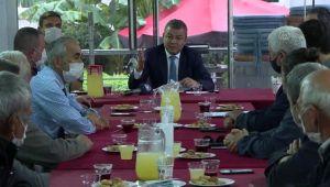 İzmir'de muhtarlarla tarım sohbeti