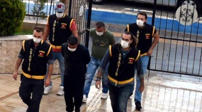 Marmaris'te marketten hırsızlık yapan 2 hükümlü tutuklandı