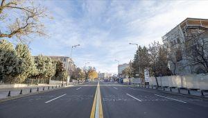 2021'in ilk gününde cadde ve sokaklarda sessizlik hakim