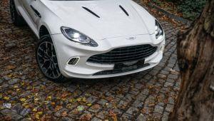 Aston Martin'in ilk 'suv'u'DBX ilk sahibine kavuştu
