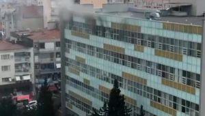 Hastanede yangın! Psikiyatri hastası yatağını ateşe verdi