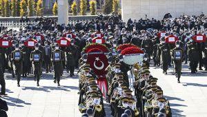 11 askerin şehit düşmesi Türkiye'yi yasa boğdu