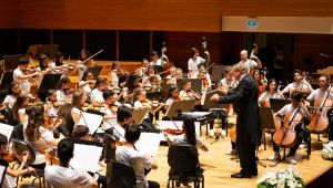 Mozart'tan 10. Yıl Marşı'na 23 Nisan'a özel konser