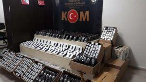 İzmir'de gümrük kaçağı 3 bin 810 cep telefonu ele geçirildi