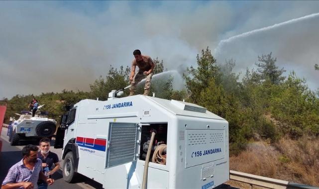 Hatay'da yangının kontrol altına alındığı bölgede soğutma çalışmaları sürüyor
