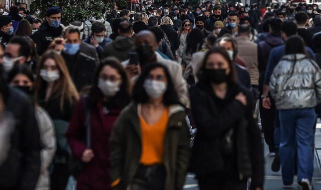 Salgın döneminde Türkiye'nin maske satışları 144 kat arttı
