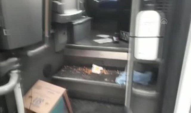 Seyir halindeki yolcu otobüsünde çıkan yangın söndürüldü