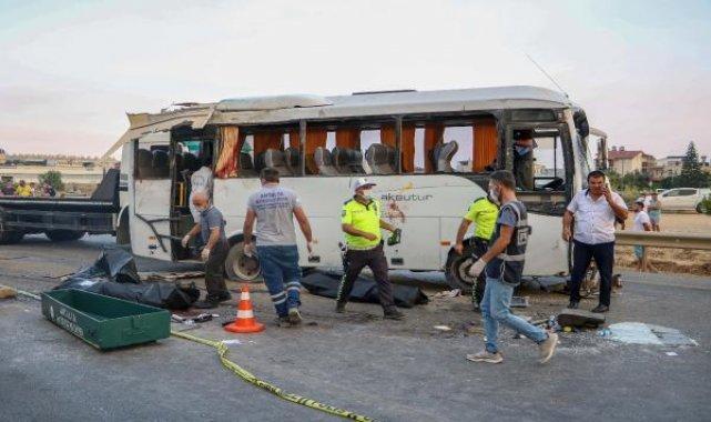 Tur midibüsü kazasında ölen turistlerin kimlikleri belirlendi